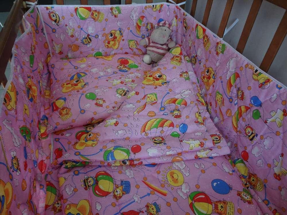 Оформление кроватки для новорожденных своими руками фото